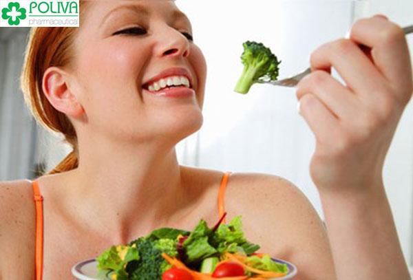 Ăn uống, nghỉ ngơi, tập liệu điều độ giúp khắc phục bệnh suy giảm trí nhớ sau sinh