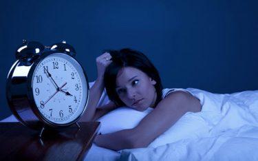 Thức khuya gây vô sinh ở cả nam và nữ