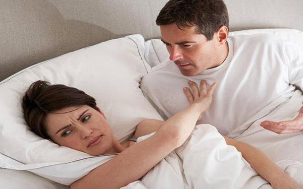 """Phụ nữ cảm thấy """"chán chồng"""" nên làm theo những cách này"""