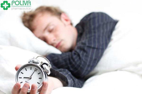 Ngủ đủ giấc 8 tiếng một ngày giúp tăng cường testosterone hiệu quả