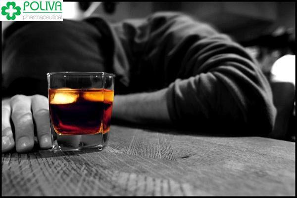 Tốt nhất để đảm bảo sức khỏe toàn thân là hạn chế uống rượu bia