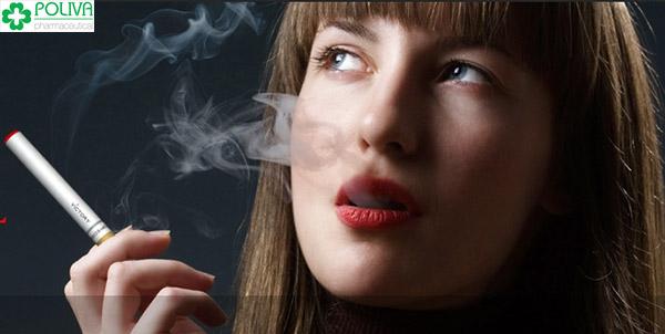 Hút thuốc làm giảm chất lượng trứng gây khó thụ thai