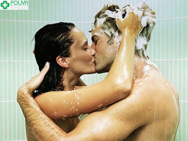 Quan hệ trong nhà tắm cũng là gợi ý hay