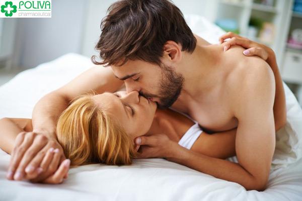 Đàn ông nhịn quan hệ kém hơn hẳn phụ nữ.