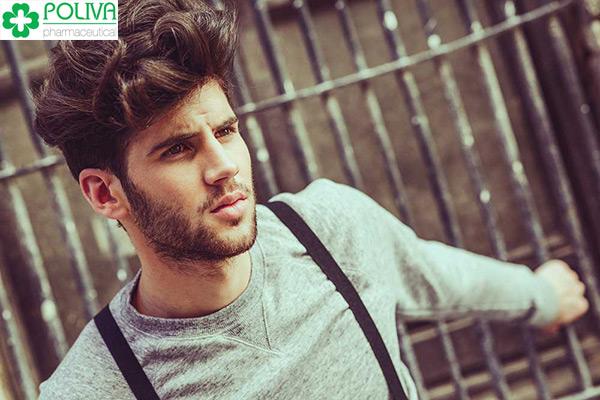 Đàn ông sở hữu mái tóc khỏe mạnh thường có chức năng sinh lý cao