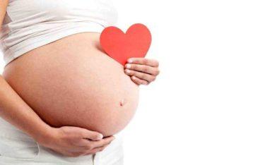 Chuyên gia giải đáp: Quan hệ bao nhiêu lần thì có thai?
