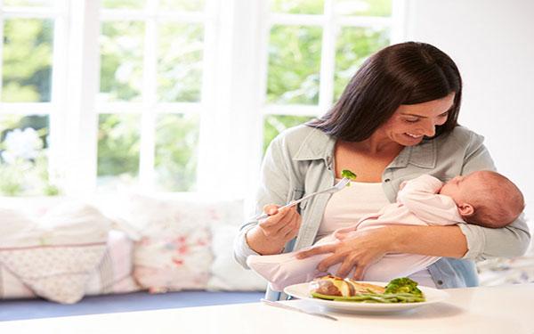 Phụ nữ sau sinh nên ăn gì để tốt mẹ khỏe con?