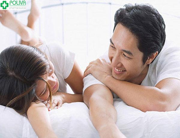 """Chia sẻ, tâm sự với chồng để làm tăng hưng phấn khi làm """"chuyện ấy"""""""