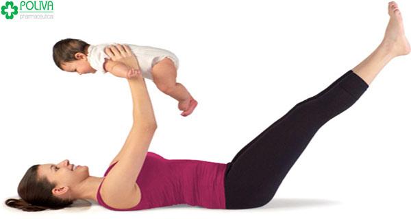 Tập thể dục giúp cho sức khỏe của mẹ hồi phục nhanh hơn