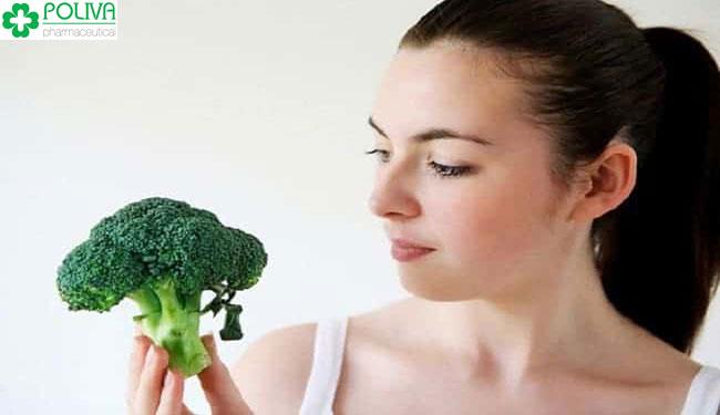 Phụ nữ sau sinh nên kiêng ăn bông cải xanh để có lượng sữa chất lượng cho bé