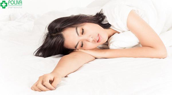 Mệt mỏi, căng thẳng cũng là một trong lý do quan hệ khi mang thai bị ra máu nâu
