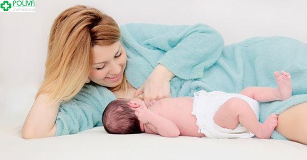 Hít thở thật sâu, rặn đẻ thật mạnh là cách giúp con sinh ra nhanh hơn