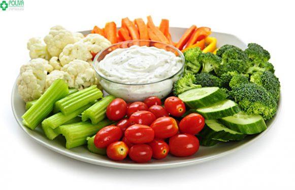 Bổ sung các chất dinh dưỡng cho cơ thể giúp mẹ bầu giảm triệu chứng đau bụng dưới khi mang thai