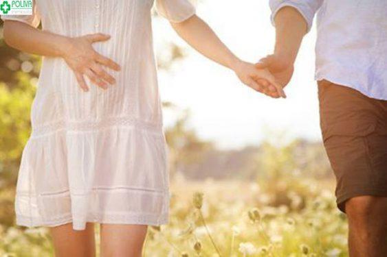 Nghỉ ngơi hợp lý giúp mẹ giảm triệu chứng đau bụng dưới khi mang thai