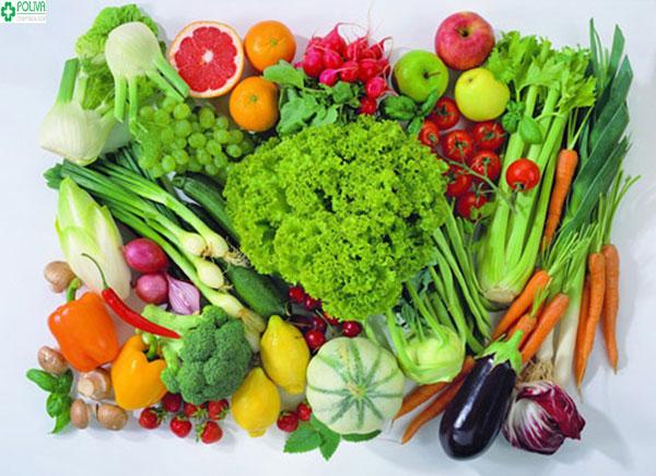 Rau xanh chính là nguồn thực phẩm giúp mẹ bầu giảm tình trạng táo bón khi mang thai