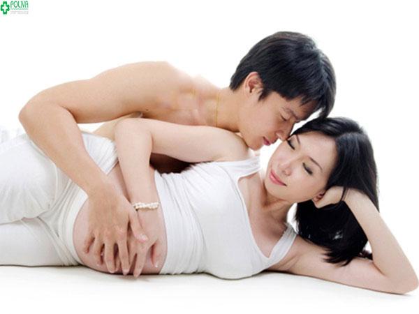 Quan hệ khi mang thai đúng tư thế giúp hạn chế các cơn co thắt tử cung