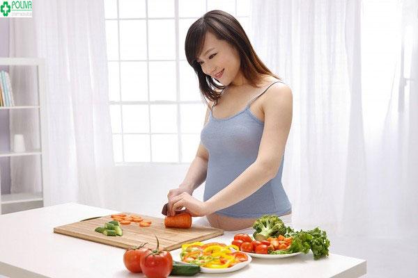 Rau xanh, củ quả, thịt bò... giúp hạn chế mẹ bầu sinh non
