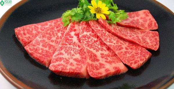 Phụ nữ sinh mổ ăn thịt bò được không? Có mau lành vết mổ không?