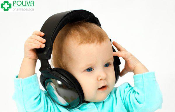 Nghe nhạc thường xuyên giúp trẻ sơ sinh thông minh hơn.