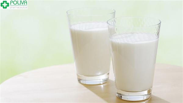 Giai đoạn cho con bú có thể uống sữa tươi.