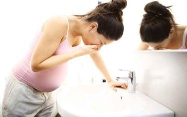 Phụ nữ mang thai bị ốm nghén xuất hiện ở tuần thứ mấy?