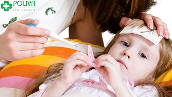 Tránh những thực phẩm không tốt cho người sốt để bé nhanh khỏi bệnh.