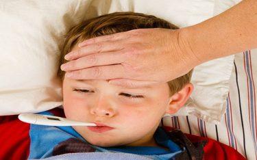 Trẻ bị sốt virus nên ăn gì để nhanh hồi phục sức khỏe?