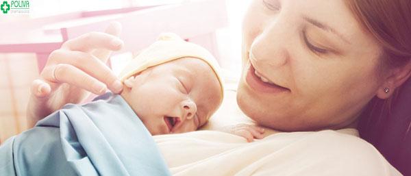 Sữa mẹ là nguồn thực phẩm tốt nhất dành cho bé
