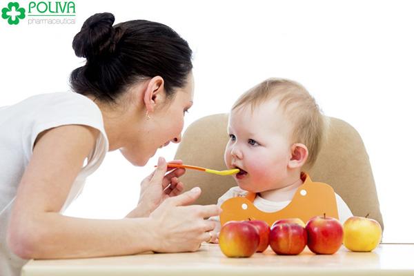 Để con thông minh, mẹ hãy nhớ cho bé ăn 9 loại thực phẩm dưới đây