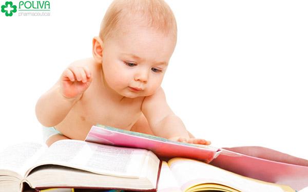 Trẻ có trí nhớ tốt là dấu hiệu trẻ thông minh.