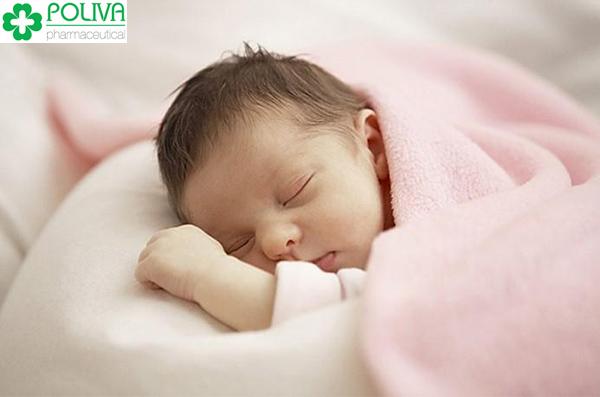 Mẹ nên chú ý đến những điều liên quan đến giấc ngủ của trẻ.