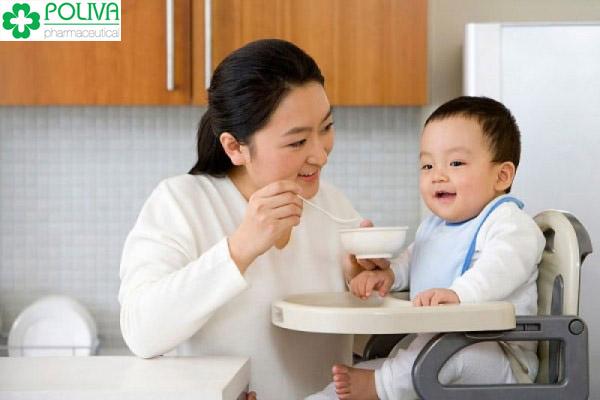 Phương pháp ăn dặm truyền thống, bé khỏe mẹ an tâm