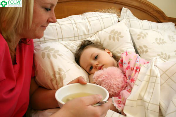 Cung cấp đầy đủ chất dinh dưỡng cho trẻ.