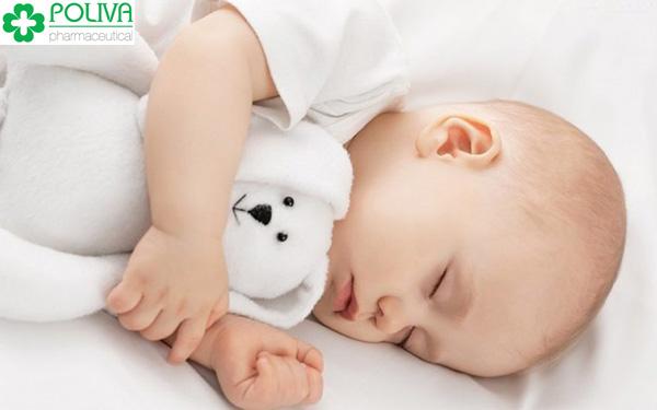 Trẻ sơ sinh ngủ nhiều có phải là vấn đề đáng lo không?