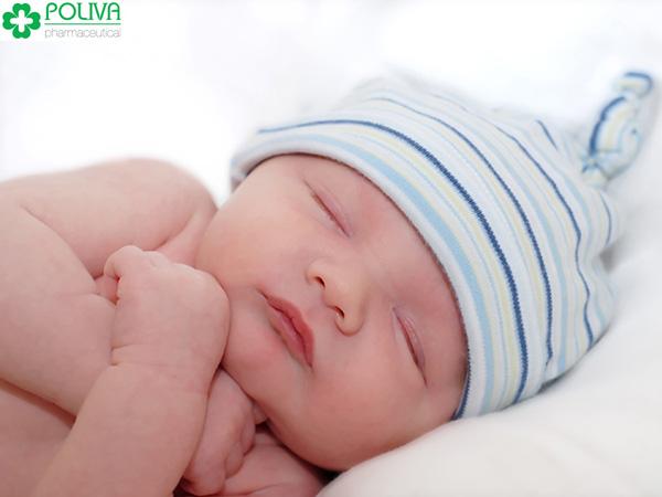 Trẻ sơ sinh ngủ nhiều quá cũng không tót.