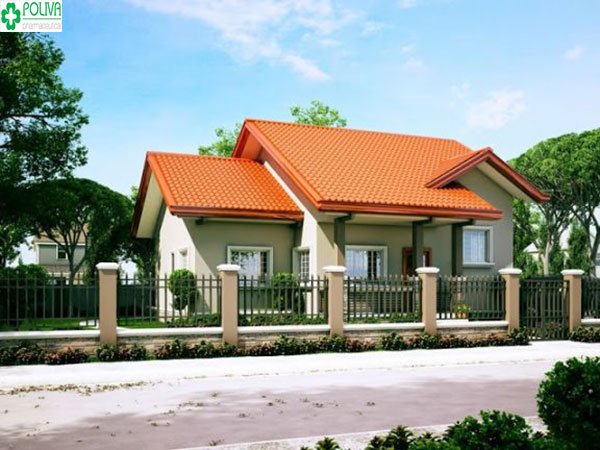 Kiểu nhà mái thái với sự kết hợp của mái màu đỏ cùng nền tường trắng, có hàng rào xung quanh tạo nên nét đẹp độc đáo cho ngôi nhà