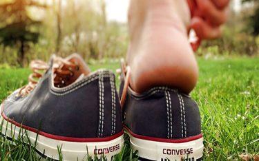 Top 4 cách làm giày rộng ra trong nháy mắt đơn giản