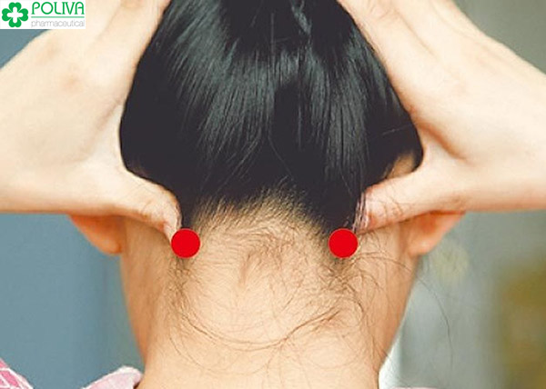 Bấm huyệt trị ho – Cách làm dứt cơn ho, trị viêm họng hiệu quả