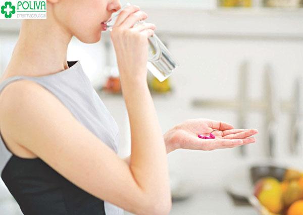 Phụ nữ bị bốc hỏa uống thuốc gì là an toàn và hiệu quả nhất?