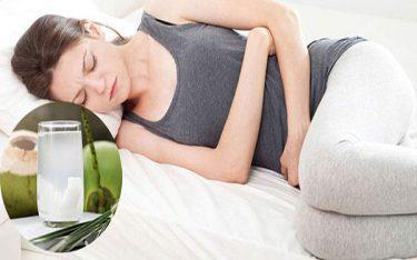 Đau bụng kinh uống nước dừa liệu có phải là giải pháp an toàn?