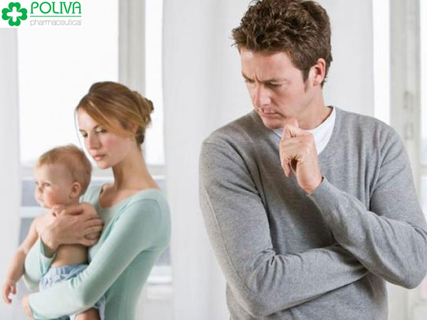 Biểu hiện của chứng lãnh cảm sau sinh là gì?