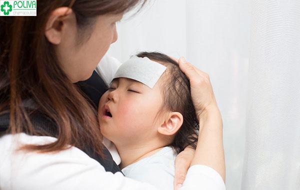 Trẻ quấy khóc khi mọc răng