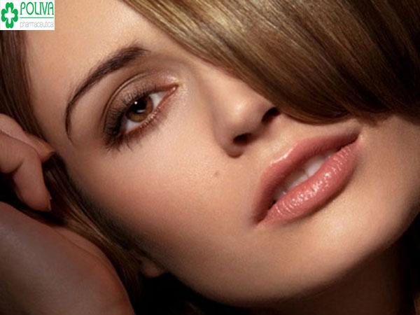 Son nude - màu son nổi tiếng tại các nước Âu MỹSon nude - màu son nổi tiếng tại các nước Âu Mỹ