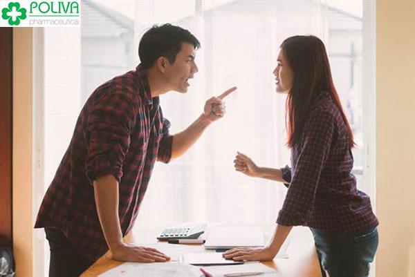 Mâu thuẫn vợ chồng dễ khiến vợ không ham muốn chuyện ấy