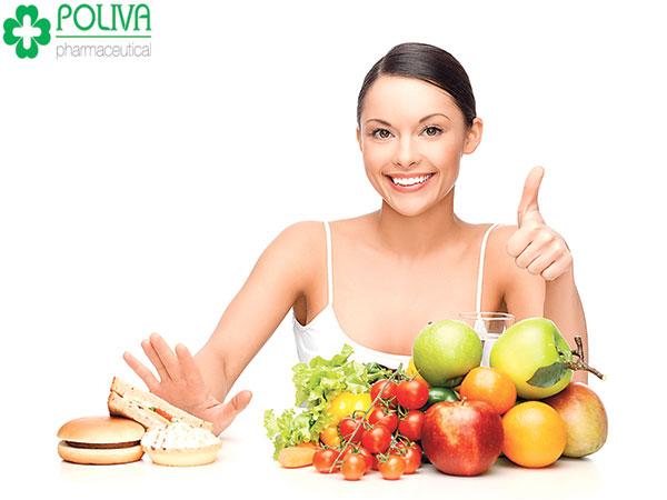 Cần chú ý khi đau bụng kinh không nên ăn gì?