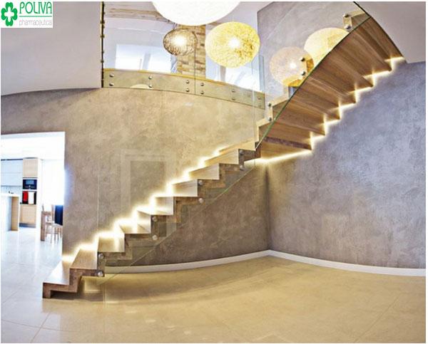 Ấn tượng với bóng đèn sáng lung linh lối đi cầu thang