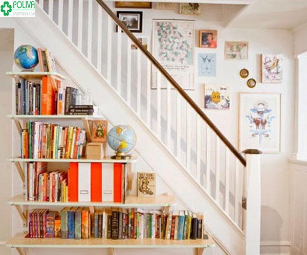 Sang chảnh hơn với kiểu thiết kế kệ sách ở gầm cầu thang