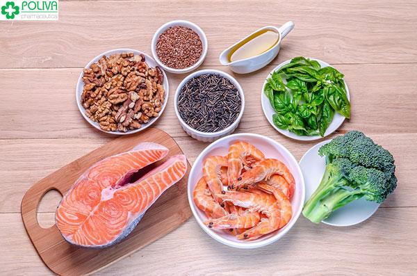 Thực phẩm giàu Omega-3 nên được bổ sung cho phụ nữ mang thai bị khô hạn