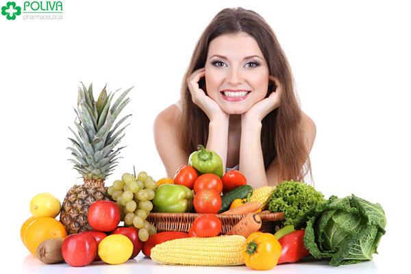 Một chế độ ăn uống đầy đủ là điều cần thiết để cải thiện tình trạng khô hạn tuổi 30 ở nữ giới