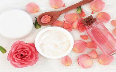 Cách làm mặt nạ hoa hồng dưỡng da đẹp như đến Spa